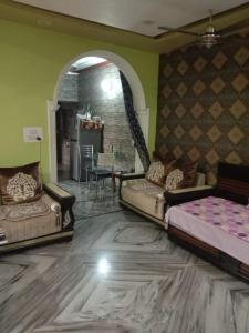 Gallery Cover Image of 900 Sq.ft 3 BHK Independent Floor for rent in Subhash Nagar for 31000