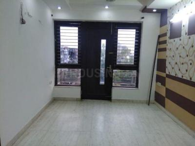 Gallery Cover Image of 1800 Sq.ft 3 BHK Independent Floor for rent in Chitrakoot Apartments, Pitampura for 35000