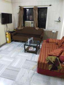 Gallery Cover Image of 1000 Sq.ft 2 BHK Apartment for rent in Vile Parle West for 70000
