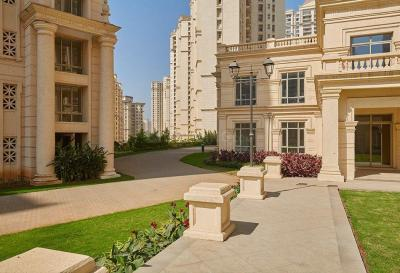 Gallery Cover Image of 1890 Sq.ft 3 BHK Apartment for rent in Hiranandani Estate for 45000