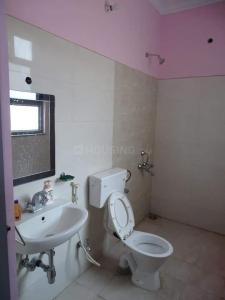 Bathroom Image of Gurukripa in Sector 62