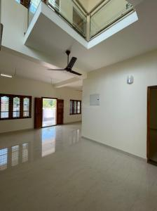Gallery Cover Image of 1700 Sq.ft 3 BHK Villa for buy in Koottupaatha for 6000000