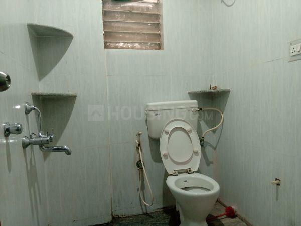 Common Bathroom Image of 700 Sq.ft 1 RK Apartment for rent in Sanjaynagar for 12000
