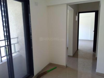Gallery Cover Image of 750 Sq.ft 2 BHK Apartment for rent in Kalyan West for 12500