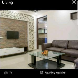 Gallery Cover Image of 1250 Sq.ft 3 BHK Apartment for rent in Valdis Vivek Aroma, Panathur for 40000