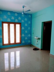 Gallery Cover Image of 750 Sq.ft 2 BHK Apartment for buy in Nanganallur for 4700000