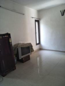 Gallery Cover Image of 950 Sq.ft 2 BHK Apartment for rent in Sector 37 for 20000