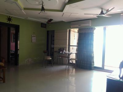 Gallery Cover Image of 1250 Sq.ft 2 BHK Apartment for rent in Kandivali East for 35000