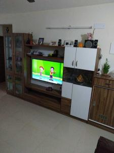 Gallery Cover Image of 1417 Sq.ft 3 BHK Apartment for rent in Mahaveer Zephyr, Bommanahalli for 28000