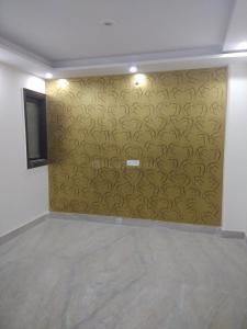 Gallery Cover Image of 800 Sq.ft 3 BHK Independent Floor for buy in Dwarka Mor for 3500000