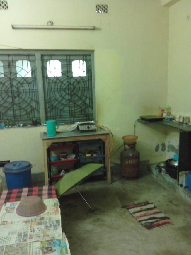 Kitchen Image of 450 Sq.ft 1 BHK Apartment for rent in Behala for 5000