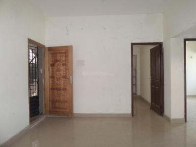 Gallery Cover Image of 950 Sq.ft 2 BHK Apartment for rent in Chromepet for 10000