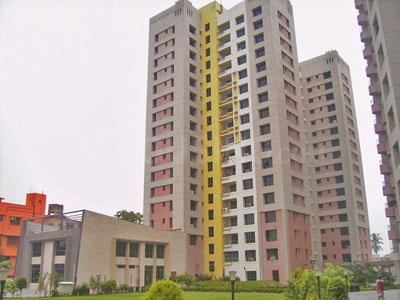 Gallery Cover Image of 811 Sq.ft 2 BHK Apartment for buy in Ekta Floral, Tangra for 7500000