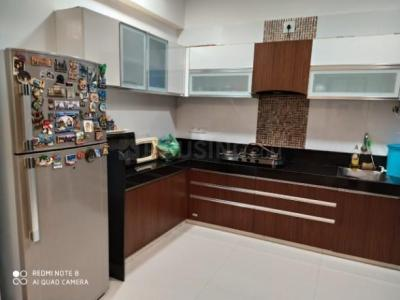 Gallery Cover Image of 2750 Sq.ft 4 BHK Apartment for rent in Makarba for 50000