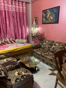 Gallery Cover Image of 775 Sq.ft 2 BHK Independent Floor for buy in Rani Bagh, Pitampura for 4500000