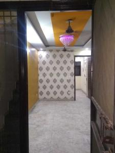 Gallery Cover Image of 900 Sq.ft 2 BHK Independent Floor for rent in Tilak Nagar for 16000