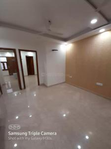 Gallery Cover Image of 1000 Sq.ft 3 BHK Independent Floor for buy in Shalimar Bagh for 10000000