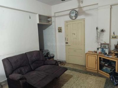 Gallery Cover Image of 695 Sq.ft 2 BHK Apartment for rent in Chembur for 26000