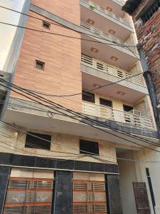 Gallery Cover Image of 150 Sq.ft 1 RK Independent Floor for rent in Sanjay Gandhi Transport Nagar for 8000