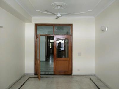 Gallery Cover Image of 1800 Sq.ft 4 BHK Apartment for rent in Vasant Kunj for 55000