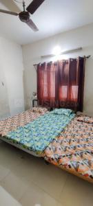 Bedroom Image of Home PG in Naranpura