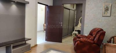 Gallery Cover Image of 1500 Sq.ft 3 BHK Apartment for rent in Sahakara Nagar for 37000
