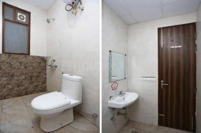 Bathroom Image of Cloudnine Homes in DLF Phase 1