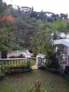 Gallery Cover Image of 15000 Sq.ft 4 BHK Villa for buy in Khandala for 200000000