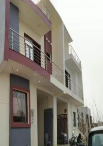 Gallery Cover Image of 1600 Sq.ft 3 BHK Independent House for buy in Crossings Republik for 4599000
