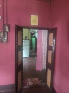 Gallery Cover Image of 1200 Sq.ft 4 BHK Apartment for buy in Saket Nagar, Dunlop for 3500000