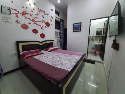 Gallery Cover Image of 750 Sq.ft 1 BHK Apartment for rent in Vasant Vihar for 28500