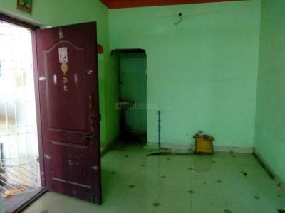 Gallery Cover Image of 736 Sq.ft 2 BHK Apartment for buy in Urapakkam for 1750000
