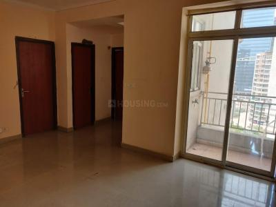 Gallery Cover Image of 890 Sq.ft 2 BHK Apartment for rent in Supertech Ecociti, Sector 137 for 13000