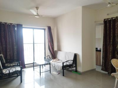 Gallery Cover Image of 1100 Sq.ft 2 BHK Apartment for rent in Thane West for 22000