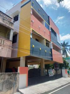 Gallery Cover Image of 850 Sq.ft 2 BHK Apartment for buy in Ambattur for 4124150