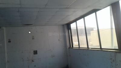Gallery Cover Image of 1400 Sq.ft 2 BHK Apartment for rent in Shukrawar Peth for 30000
