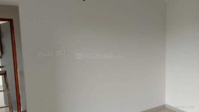 Gallery Cover Image of 650 Sq.ft 1 BHK Apartment for rent in Neeraj Nitin Neel Heights, Khed for 8000