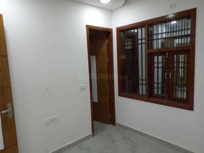 Gallery Cover Image of 1250 Sq.ft 3 BHK Independent Floor for buy in Sector 4 Rohini for 4500000