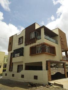 Gallery Cover Image of 3500 Sq.ft 5+ BHK Independent House for buy in Sahakara Nagar for 19000000