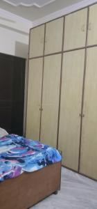 Bedroom Image of Kanta PG in Ramesh Nagar