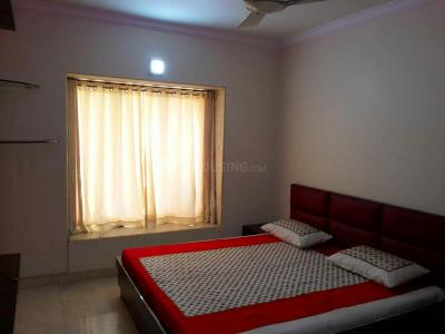 Gallery Cover Image of 850 Sq.ft 3 BHK Apartment for buy in Dadar East for 59000000