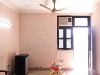 Gallery Cover Image of 450 Sq.ft 1 BHK Independent Floor for buy in Model Town for 4000000