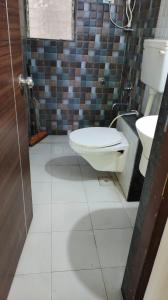 Bathroom Image of 775 Sq.ft 1 BHK Apartment for rent in Kanungo Tulip, Mira Road East for 20000