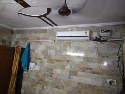 Gallery Cover Image of 3000 Sq.ft 3 BHK Independent Floor for rent in Trikuta Nagar for 29999