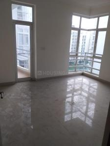 Gallery Cover Image of 2186 Sq.ft 3 BHK Apartment for buy in Golf City for 8500000