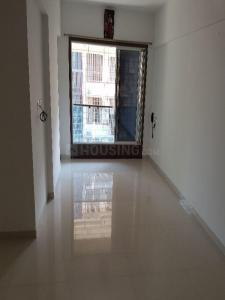 Gallery Cover Image of 400 Sq.ft 1 BHK Apartment for rent in Borivali West for 20000