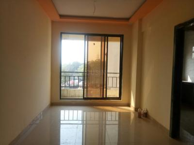 Gallery Cover Image of 1500 Sq.ft 3 BHK Apartment for buy in Kalyan West for 8600000