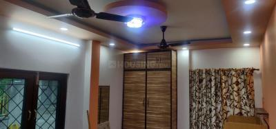 Gallery Cover Image of 700 Sq.ft 1 RK Independent Floor for rent in Alaknanda for 18000