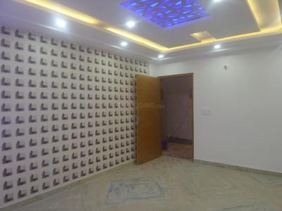 Gallery Cover Image of 675 Sq.ft 2 BHK Apartment for rent in Dwarka Mor for 12000