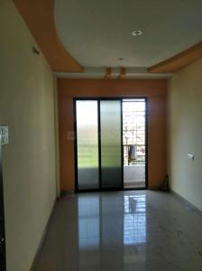 Gallery Cover Image of 640 Sq.ft 1 BHK Apartment for rent in Kashyap Vardhman House, Karanjade for 6000